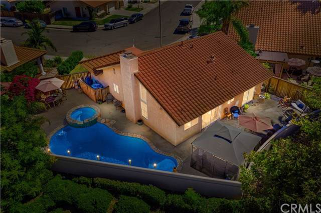 11 Via Becerra, Rancho Santa Margarita, CA 92688 (#OC19219274) :: Fred Sed Group