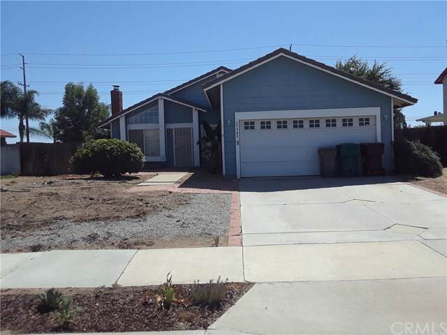 29980 Moondance Way, Menifee, CA 92586 (#PW19220985) :: The Najar Group