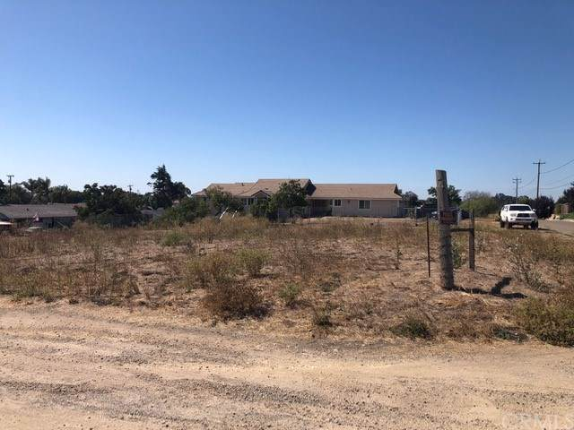 190 E Chestnut Street, Nipomo, CA 93444 (#PI19216103) :: RE/MAX Parkside Real Estate