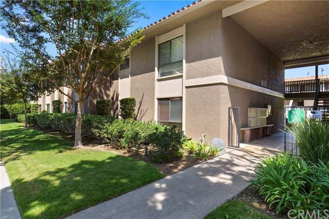 531 S La Veta Park Circle #243, Orange, CA 92868 (#PW19221501) :: Heller The Home Seller