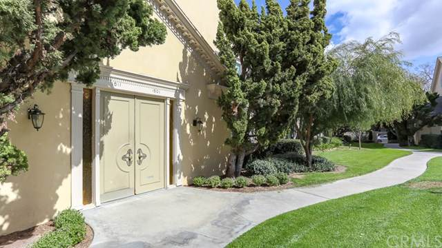 1501 S Pomona Avenue A5, Fullerton, CA 92832 (#RS19220680) :: Fred Sed Group