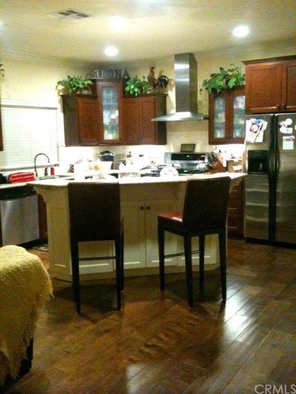 1193 W. 20th Street, San Pedro, CA 90731 (#NP19221709) :: RE/MAX Estate Properties