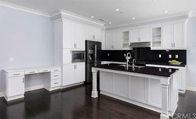 33 Shellbark #18, Irvine, CA 92618 (#OC19221911) :: Z Team OC Real Estate