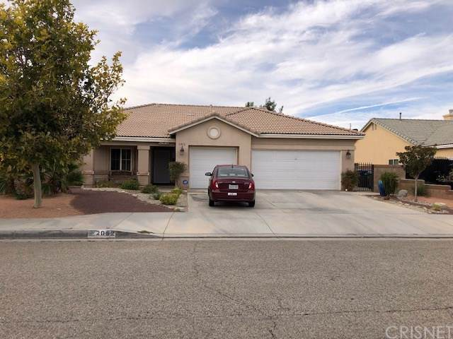 2052 W Avenue J6, Lancaster, CA 93536 (#SR19222049) :: Brandon Hobbs Group