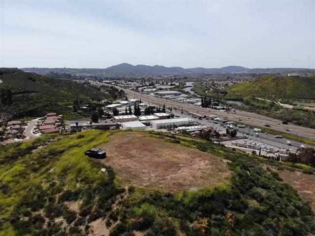 11597 Woodside Ter, Santee, CA 92071 (#190051557) :: Z Team OC Real Estate