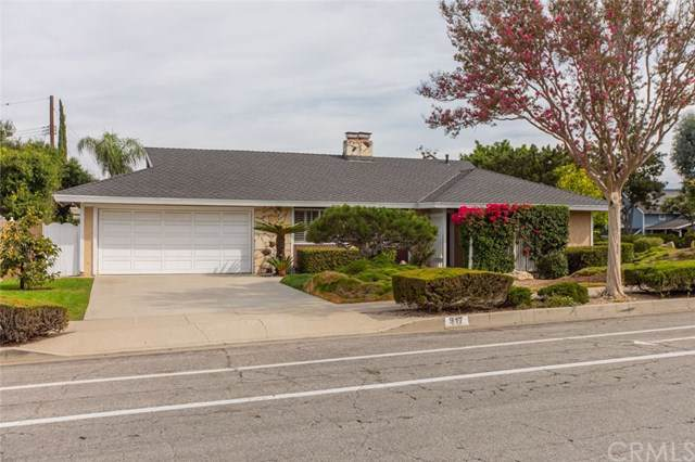 917 Rolling Hills Drive, Fullerton, CA 92835 (#IG19217464) :: Fred Sed Group