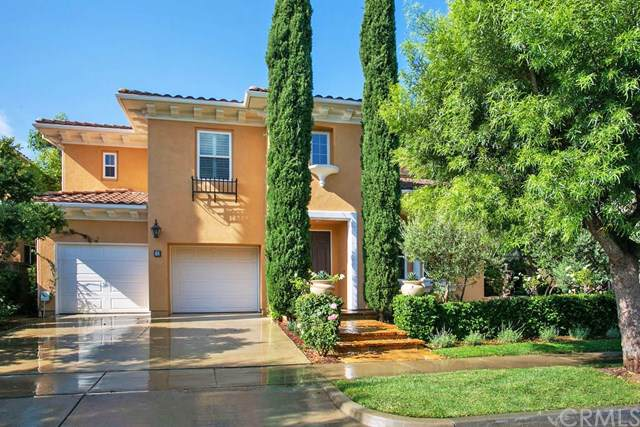 32 Malibu, Irvine, CA 92602 (#OC19221679) :: Case Realty Group