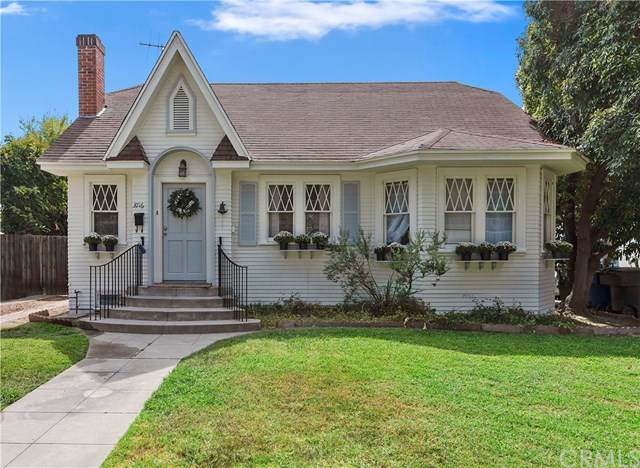 3716 Oakwood Place, Riverside, CA 92506 (#IV19219199) :: Team Tami