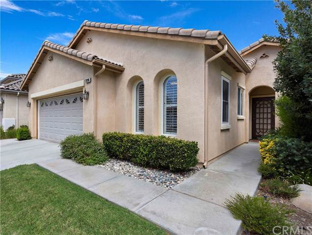 28196 Long Meadow Drive, Menifee, CA 92584 (#IG19219865) :: Fred Sed Group
