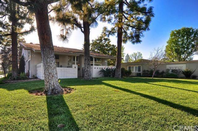 28 Avenida Castilla A, Laguna Woods, CA 92637 (#OC19222286) :: Legacy 15 Real Estate Brokers