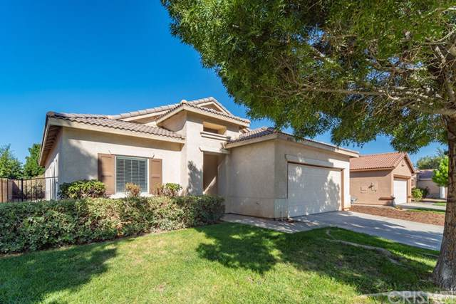 43903 Gingham Avenue, Lancaster, CA 93535 (#SR19222657) :: A|G Amaya Group Real Estate