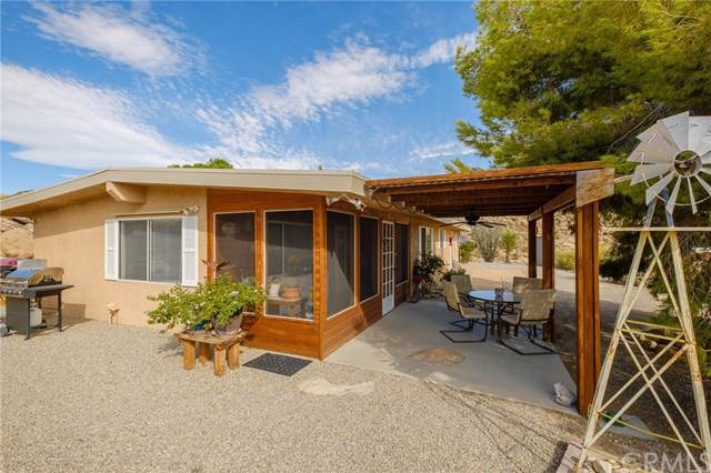 62533 Rocky Ridge Road, Joshua Tree, CA 92252 (#JT19220052) :: Berkshire Hathaway Home Services California Properties