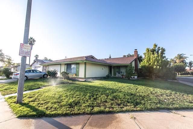 23810 Suncrest Avenue, Moreno Valley, CA 92553 (#CV19222719) :: The DeBonis Team