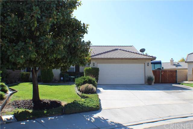 45818 Trafalgar Court, Lancaster, CA 93534 (#SR19222120) :: A|G Amaya Group Real Estate