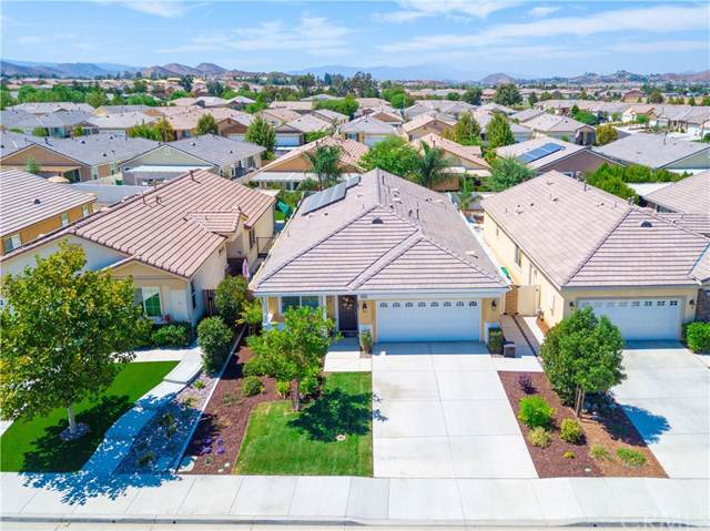 30283 Moon Star Circle, Menifee, CA 92584 (#SW19222835) :: Z Team OC Real Estate