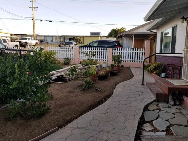 1513 Flores Street, Outside Area (Inside Ca), CA 93955 (#ML81767842) :: RE/MAX Parkside Real Estate