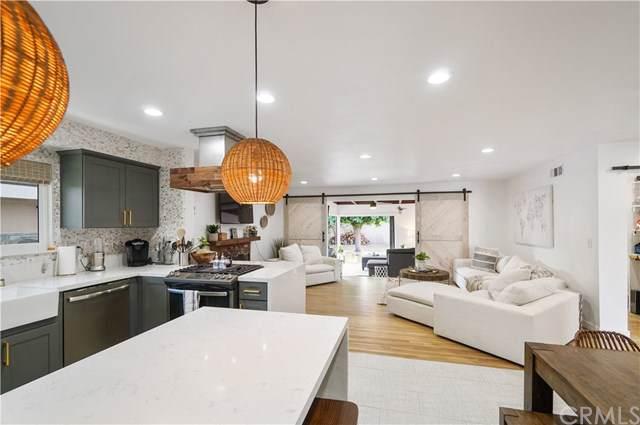 12081 Cherry Street, Los Alamitos, CA 90720 (#PW19223095) :: The Laffins Real Estate Team