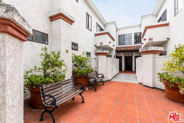 3261 Sawtelle #203, Los Angeles (City), CA 90066 (#19512190) :: Powerhouse Real Estate