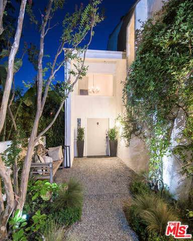 1583 Lindacrest Drive, Beverly Hills, CA 90210 (#19511446) :: Powerhouse Real Estate