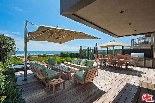 31042 Broad Beach Road, Malibu, CA 90265 (#19502120) :: Cal American Realty