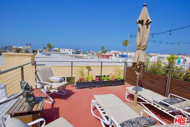 131 Galleon Street #2, Marina Del Rey, CA 90292 (#19511934) :: Powerhouse Real Estate