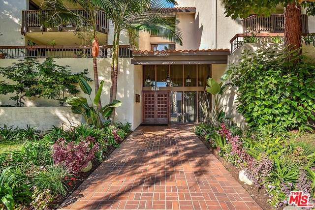 8515 Falmouth Avenue #202, Playa Del Rey, CA 90293 (#19511226) :: Allison James Estates and Homes