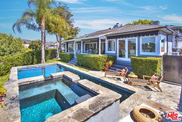 2439 Creston Way, Los Angeles (City), CA 90068 (#19511982) :: Allison James Estates and Homes