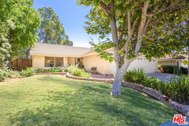 662 Rushing Creek Place, Thousand Oaks, CA 91360 (#19509360) :: J1 Realty Group