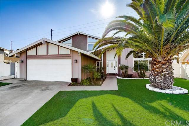 20691 Suburbia Lane, Huntington Beach, CA 92646 (#OC19222230) :: California Realty Experts