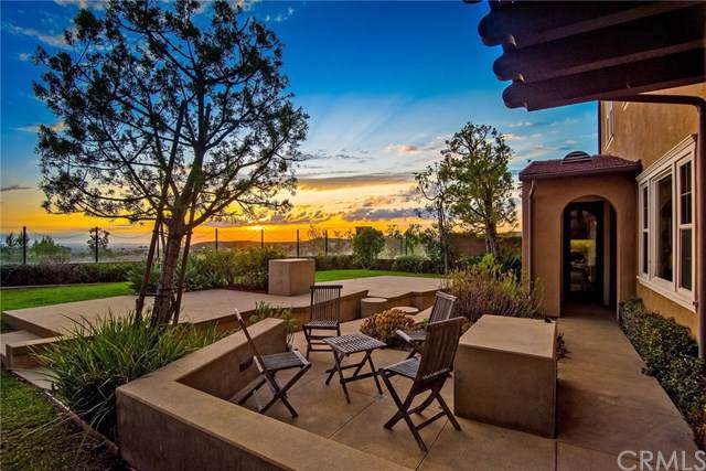 37 Small Grove, Irvine, CA 92618 (#OC19222861) :: Allison James Estates and Homes