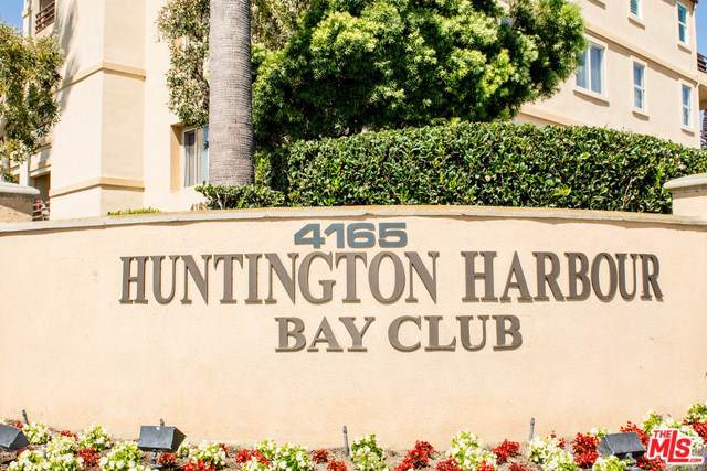 4165 Warner Avenue #204, Huntington Beach, CA 92649 (#19502018) :: J1 Realty Group