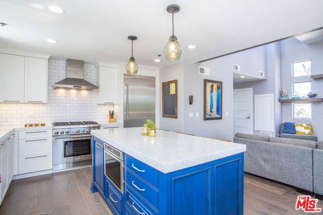 1253 11TH Street #5, Santa Monica, CA 90401 (#19512374) :: Powerhouse Real Estate