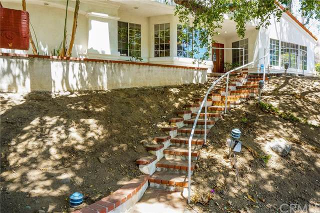 33291 Greenwood Drive, Lake Elsinore, CA 92530 (#IG19170962) :: California Realty Experts