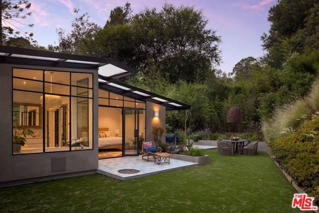 9001 Wonderland Park Avenue, Los Angeles (City), CA 90046 (#19511768) :: Rogers Realty Group/Berkshire Hathaway HomeServices California Properties