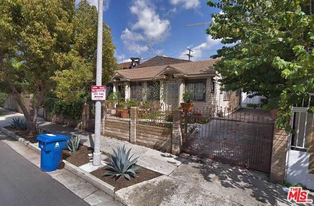 1514 La Baig Avenue, Los Angeles (City), CA 90028 (#19512376) :: Rogers Realty Group/Berkshire Hathaway HomeServices California Properties