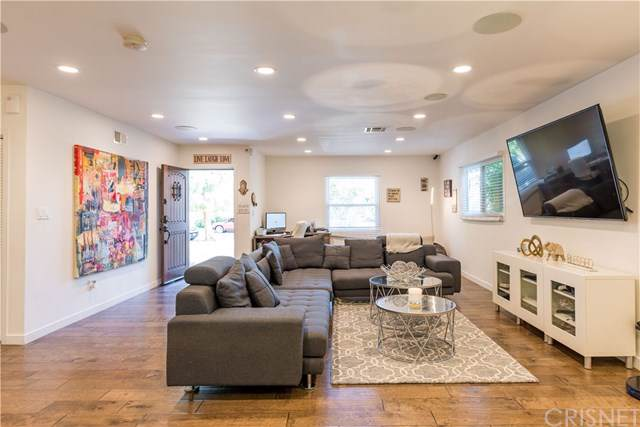 23006 Hartland Street, West Hills, CA 91307 (#SR19221753) :: Realty ONE Group Empire
