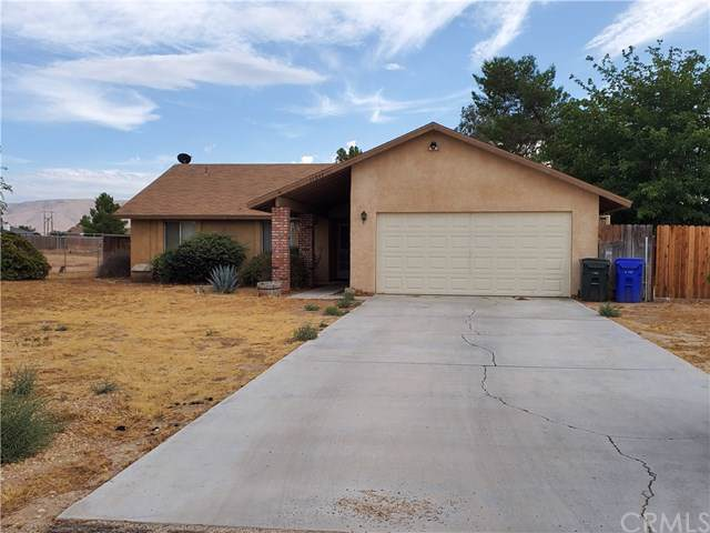 11847 Cibola Road, Apple Valley, CA 92308 (#EV19221750) :: Ardent Real Estate Group, Inc.