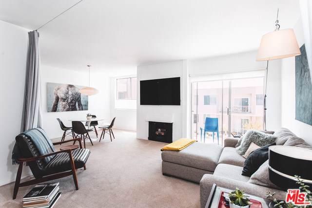 927 N Kings Road #316, West Hollywood, CA 90069 (#19501550) :: Powerhouse Real Estate