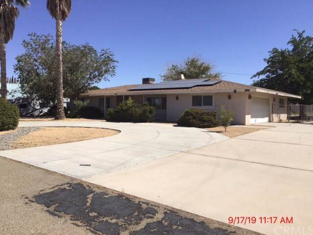 13805 Okesa Road, Apple Valley, CA 92307 (#IV19223596) :: RE/MAX Masters