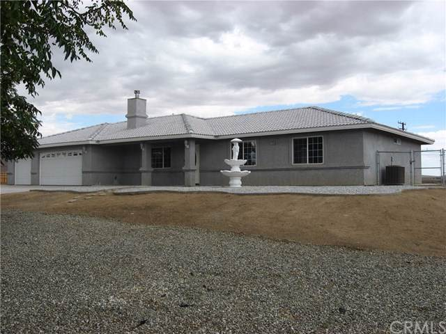 21610 Zuni Road, Apple Valley, CA 92307 (#CV19223153) :: The Marelly Group | Compass