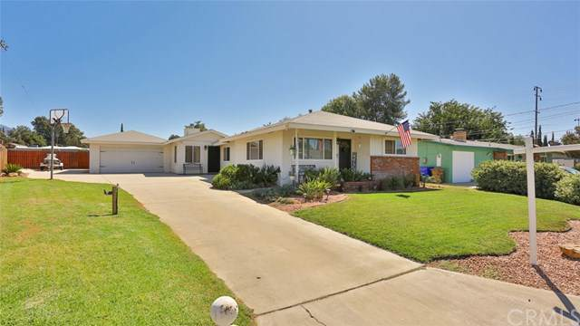 13377 Robin Court, Yucaipa, CA 92399 (#IG19223265) :: Allison James Estates and Homes