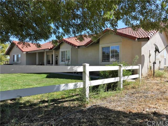6440 Viborg Road, Paso Robles, CA 93446 (#NS19223859) :: Allison James Estates and Homes