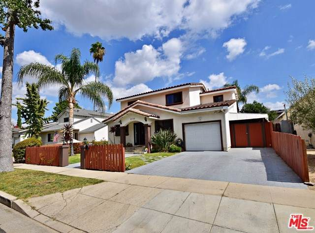 5726 Newcastle Avenue, Encino, CA 91316 (#19512468) :: Veléz & Associates