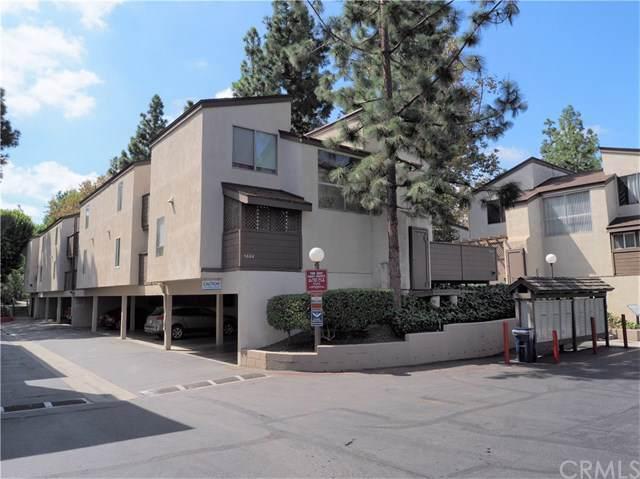 1444 Cabrillo Park Drive H, Santa Ana, CA 92701 (#OC19224463) :: Mainstreet Realtors®