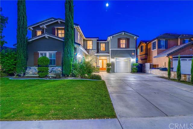 12723 Wine Cellar Court, Rancho Cucamonga, CA 91739 (#CV19222393) :: eXp Realty of California Inc.