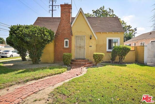 502 S Bradfield Avenue, Compton, CA 90221 (#19512836) :: Crudo & Associates