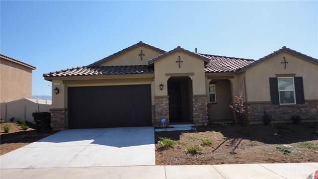 569 Poo'ish, San Jacinto, CA 92582 (#SW19224451) :: RE/MAX Innovations -The Wilson Group
