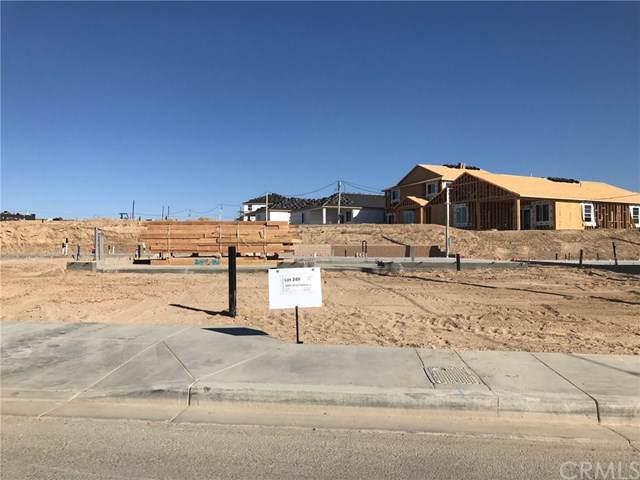 16803 Desert Willow Street, Victorville, CA 92394 (#SW19224964) :: Mainstreet Realtors®