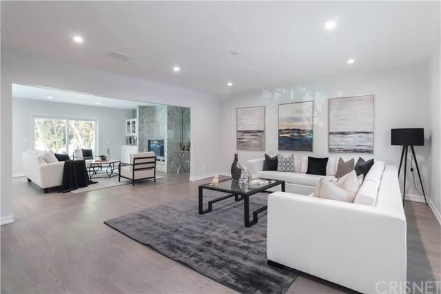 5003 Densmore Avenue, Encino, CA 91436 (#SR19219237) :: Veléz & Associates