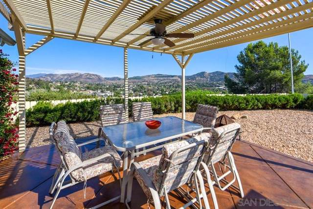 9253 Idyl, Lakeside, CA 92040 (#190052214) :: RE/MAX Innovations -The Wilson Group